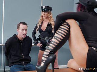 Порно женский оргазм лесби